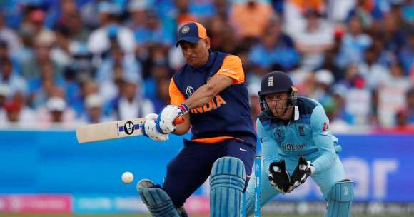 dhoni lack of intent